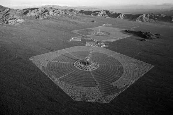 Aerial view of the 400 MW Ivanpah Solar Power field under construction. Image: Jamey Stillings / New York Times, June 13, 2012