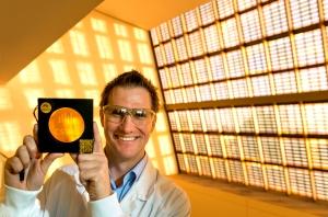 CSIRO EnCntr 202_Greg Wilson_dye cells landscape2